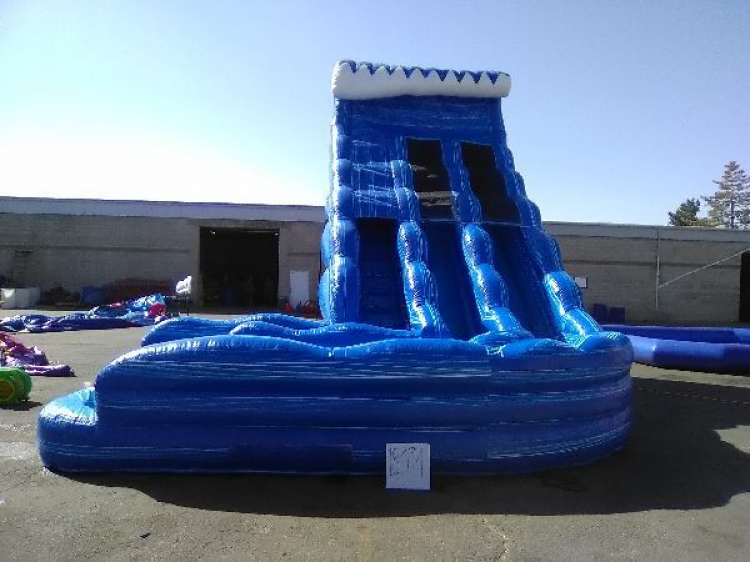 24 ft Curved Two Lane Waterslide